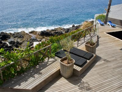 Photo for Fabulous Villa with the ocean at your door