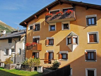 Photo for Holiday apartment Celerina / Schlarigna for 6 - 8 persons with 3 bedrooms - Holiday apartment in one