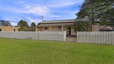 Photo for 3BR House Vacation Rental in Exeter, NSW