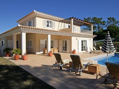Photo for 5 bedroom Villa, sleeps 10 in Quinta do Lago with Pool, Air Con and WiFi