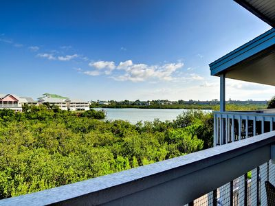 Delight in this beautiful water view of the Intercoastal.