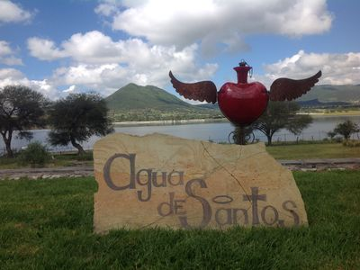 Photo for Agua de Santos, a Beautiful house on the banks of the Santa Catarina dam