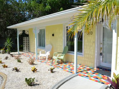 Close to the beach ! A relaxing retreat, BIG private yard, CLEAN!