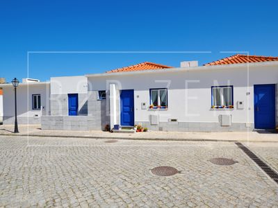 Photo for 3 bedroom villa for 6 pax in the village of Óbidos