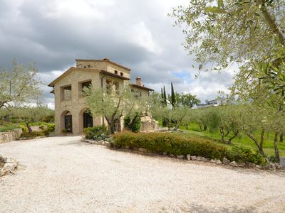 Photo for Le Rose - Cottage in the Umbrian hills