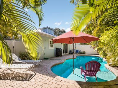 SUNDAZE:Villa w/Private Heated Pool! Short Block to Beach, West of Gulf Drive!!!