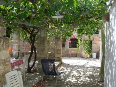 Photo for SALENTO - little apartment in ancient villa, sight sea, encircled calm locality from the green, single private reduction to the beautiful reef to 100 MT, apartment/ flat - 2 rooms - 2/4 persons