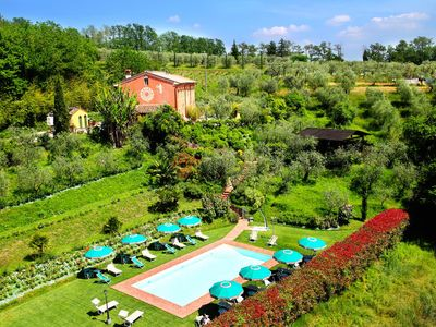 Photo for Villa Geko in Tuscany, surrounded by the greenery, with 8 bedrooms, it can host 16 people.