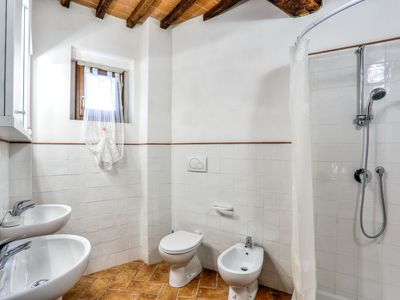 Photo for Vacation home Borgo di Gaiole in Gaiole in Chianti - 6 persons, 2 bedrooms