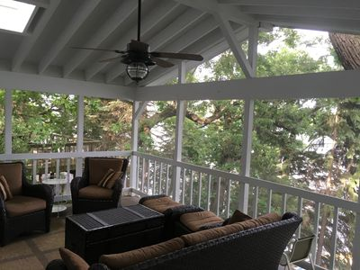 Fabulous Screened in porch