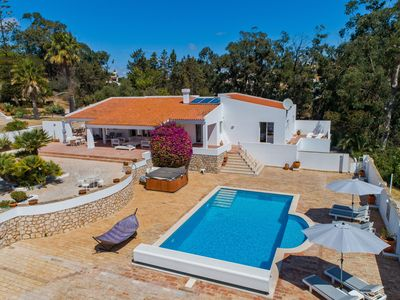 Photo for Unique villa in large private grounds within 5 min walk to Meia Praia beach