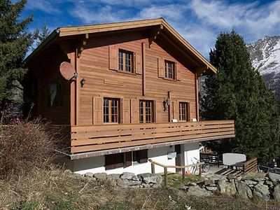 Photo for 2 bedroom Apartment, sleeps 4 in Saas-Grund with WiFi