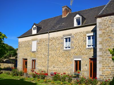 Photo for Country holiday home - Saint-léger-des-prés