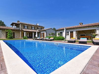 Photo for Wonderful, comfortable villa with private pool, forest views, play area for kids