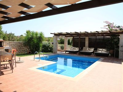 Photo for Villa Castello with stunning views and heated pool