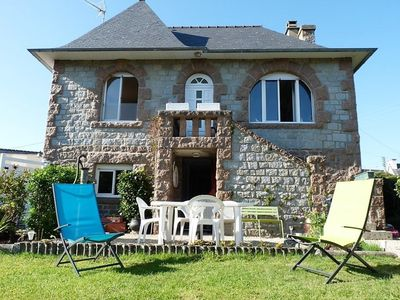 Photo for Nice stone country house with closed garden 200m from the port in Ploumanac'h