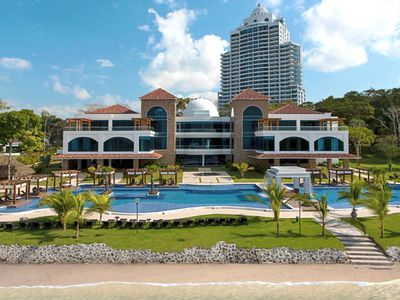 Photo for Luxury Apartment in Playa Bonita, 10 minutes from Panama City