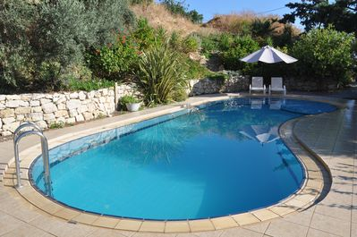 Fantastic 50m2 pool surrounded by mediteranean gardens.