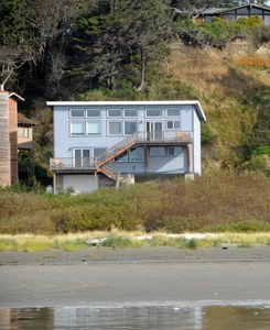 Photo for Oceanfront Retreats and Reunions, for up to 24 People!