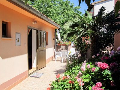 Photo for Vacation home Eda (PUL605) in Pula - 4 persons, 1 bedrooms