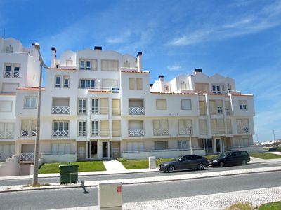 Photo for Superb modern apartment 150 metres from the beach