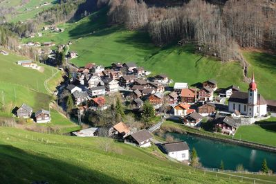 Isenthal - Holiday rental in the village centre by the dam reservoir