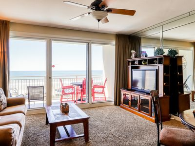 Photo for Gulf views at beach condo w/ pool and gym - close to shops & restaurants!