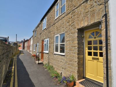Photo for 1 bedroom Cottage in Bridport - 75565