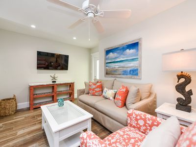 Photo for Tropical Breeze Resort - 1 Bedroom Suite w/ Full Kitchen - Sleeps 4 - 1/2 Block to Siesta Key Beach and Village District. INCLUDED: Daily Housekeeping, Bikes, 2 Pools/1 Spa, Beach Chairs, Beach Towels, WiFi, Parking , Games, BBQs and More!