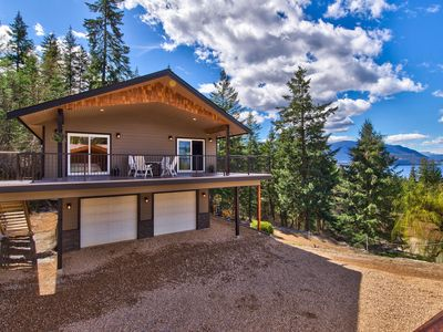 Photo for Semi-Lakefront Luxury Retreat in Blind Bay, BC ~ RA274984