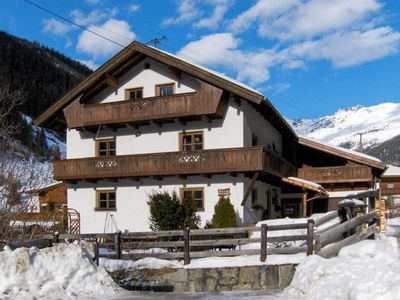 Photo for 2 bedroom Apartment, sleeps 4 in Feuchten with WiFi