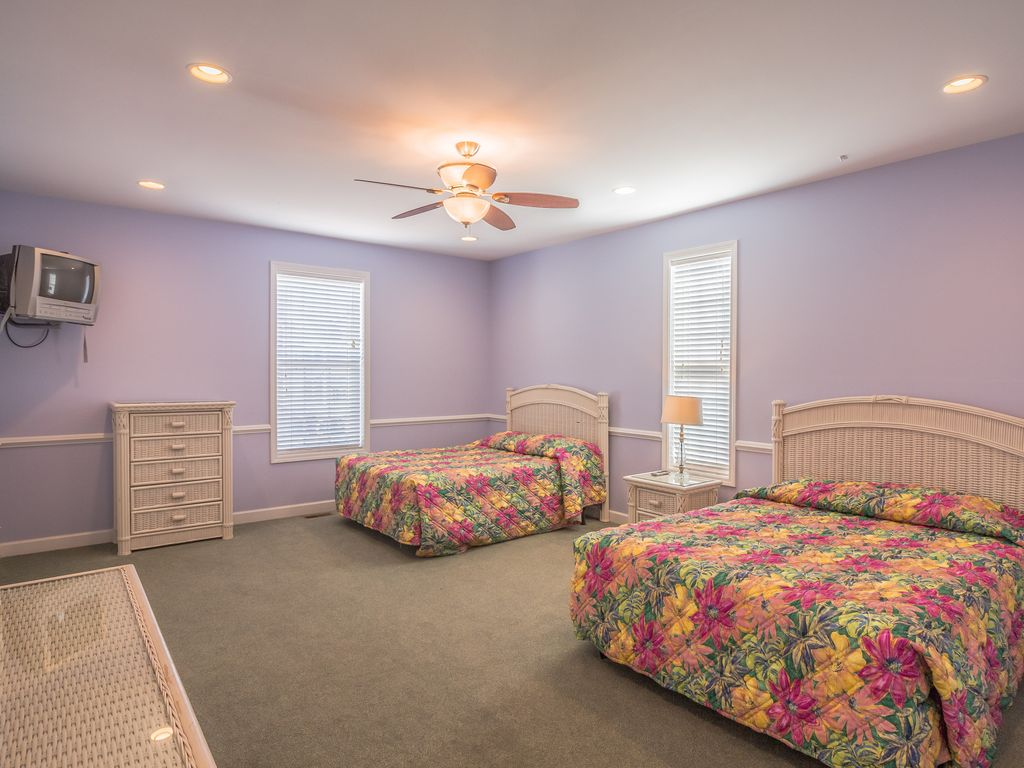 New Furniture Large Duplex Pool Hot Tub Game Room Ocean View Balcony North Myrtle Beach