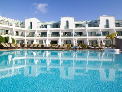 Photo for Puerto del Carmen 1BR - Resort Pool, Surrounded by Picturesque Beaches!