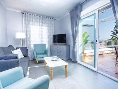 Photo for Holiday Home Casa Sol del Sur with Sea View,  Mountain View, Air-Conditioning, Terrace & Wi-Fi; Parking Available