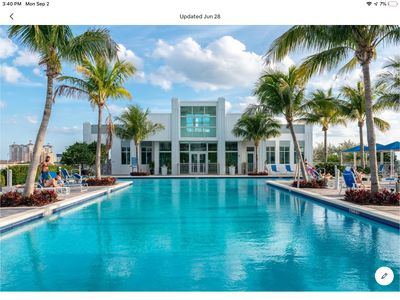 Photo for Jay's Paradise WPB (Private Parking Included)