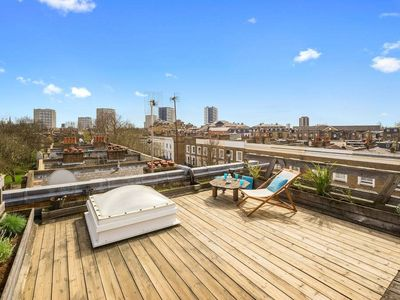 Photo for Penthouse Flat w/Roof Terrace near Little Venice