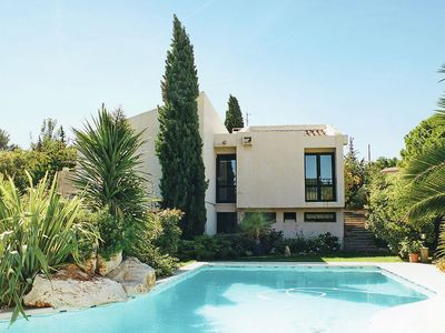 Photo for Modern villa in Cournonterral, with large garden, private pool and terrace