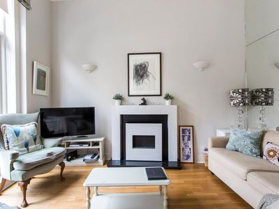 Photo for Splendid and classy 2 bedroom in Notting Hill