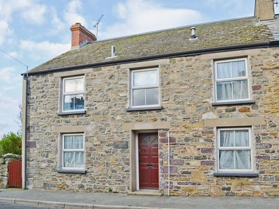 Photo for 4 bedroom property in St Davids. Pet friendly.