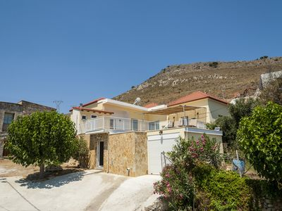 Photo for Beautiful detached house in the mountains in Kolymvari