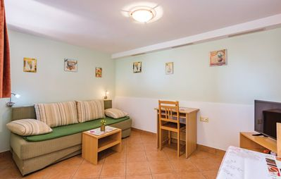 Photo for Apartment 291 m from the center of Rovinj with Parking, Terrace (224377)