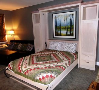 Photo for Bella Paradiso Condo 14 - Queen Studio with Kitchenette - Walk to Downtown, Free Parking, WiFi