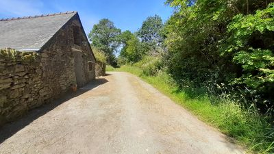 Photo for Renovated country cottage in a building dating from 1680