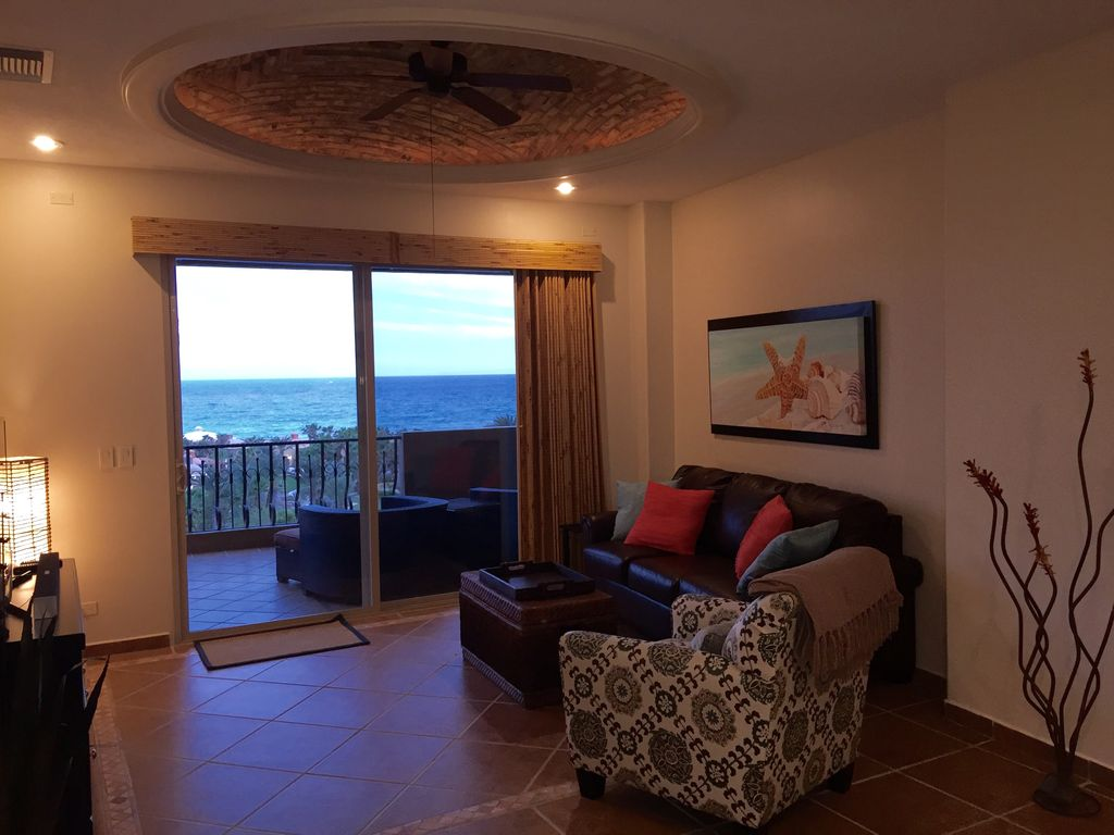 Perfect views of the ocean brand new furnishings for Perfect furnishings