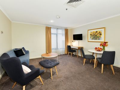 "Photo for ""St Andrews"" Fully Furnished One Bedroom Apt 603/10 St. Andrews Pl,Melbourne"