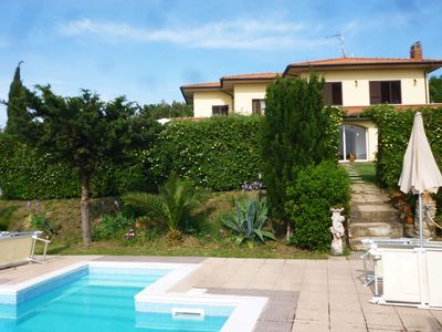 Photo for 4 bedroom Villa, sleeps 10 with Pool, Air Con, FREE WiFi and Walk to Shops