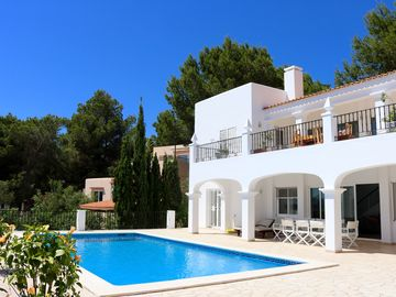 Villa With Private Pool And Stunning Views Over Countryside Down To The Sea