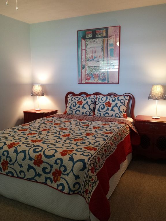 Grandview cove beautiful home only a few vrbo for Beautiful bedroom pictures only