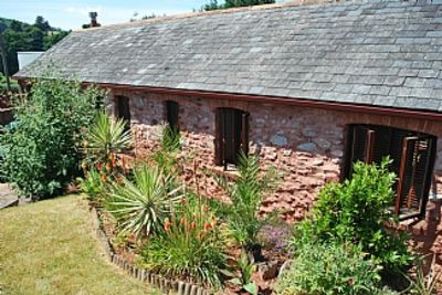 Photo for Character Barn Conversion, Decorated In A Contemporary Style, With Own Garden And Parking.