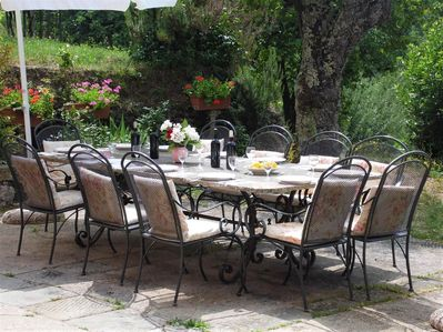Dine al fresco together on the terrace